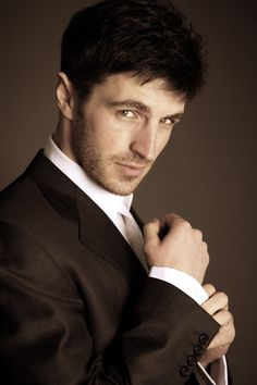Eion Macken, love the suit and tie lol