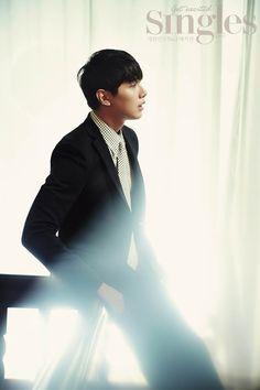 Ji Hyun Woo - SIngles Magazine October Issue '14