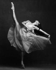 Jenna Savella, The National Ballet of Canada - Photographer Karolina Kuras