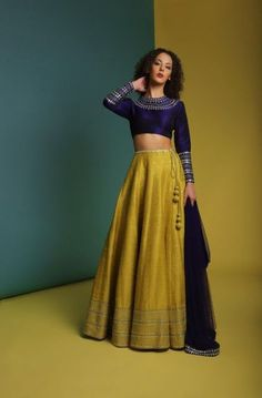Count on these regal-inspired festive looks by Priyal Prakash House of Design for a quintessential statement. Whatsapp us now for personal shopping experience! Half Saree Designs, Choli Designs, Lehenga Designs, Blouse Designs, Indian Bridal Outfits, Indian Designer Outfits, Indian Attire, Indian Ethnic Wear, Indian Gowns Dresses