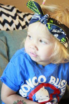 Seattle Seahawks headband/head wrap by www.hartsandpearls.com bronco busters