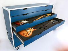 Guitar Diy, Guitar Room, Guitar Garage, Instrumental, Flight Case, Guitar Cabinet, Home Studio Music, Guitar Stand, Game Room Design