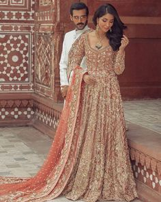 "Saira Shakira on Instagram: ""Saira Shakira Autumn-Winter 2019/2020 Couture! Majestic and flowing masterpieces that illustrate the eternal beauty and grace.…"" Black Bridal Dresses, Indian Bridal Outfits, Pakistani Wedding Outfits, Indian Bridal Fashion, Pakistani Bridal Dresses, Bridal Lehenga, Pakistani Suits, Saira Shakira, Walima Dress"
