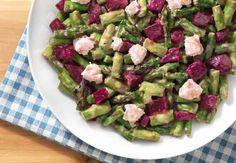 Fresh and crunchy Beet and Asparagus Salad with Honey Lemon Vinaigrette (and goat cheese!)