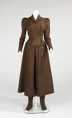 1896-1898 ladies cycling suit. With the right fabric and a few tweaks, this'd be the perfect basis for a steampunk outfit!