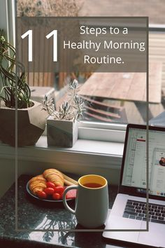 Starting the morning right is extremely important to have a productive day. We've come up with 11 tips for minimalists to have a productive morning and a productive day. Morning Yoga Routine, Healthy Morning Routine, Japanese Minimalism, Routine Planner, Miracle Morning, Habits Of Successful People, Productive Day, Minimalist Design, Minimalist Fashion