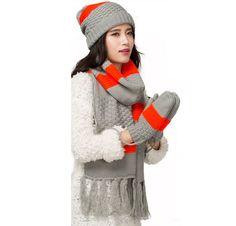 Stripe fleece hat scarf and gloves set for girls winter wear