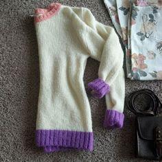 Pretty Sweater Preloved Sz Medium Acrylic & Wool Pop of pastel colors 10% off bundles Sweaters Crew & Scoop Necks