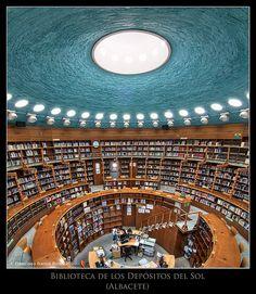 Encuentros en la tercera fase... con la lectura / Close encounters of the third kind... with reading. by Recesvintus