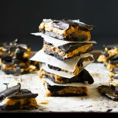 Easy Homemade Candy Bars   PALEO, GLUTEN AND DAIRY FREE