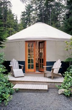 Tents and cabins step aside: Yurts are the vacation home of the future. See photos of stunning yurt homes from across the country and even learn how to add one to your backyard. Yurt Living, Outdoor Living, Outdoor Life, Porch Upgrades, Yurt Interior, Yurt Home, Go Glamping, Great Buildings And Structures, Modern Buildings