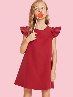 To find out about the Neon Pink Girls Ruffle Armhole Trapeze Dress at SHEIN, part of our latest Girls Dresses ready to shop online today! Fashion Kids, Pink Fashion, Dress Fashion, Fashion Women, Korean Fashion, Fashion Trends, Girls Party Dress, Girls Dresses, Outfits Niños