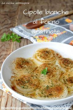 White onions au gratin - vegetarian and vegan side dish Antipasto, Vegetarian Cooking, Vegetarian Recipes, Healthy Recipes, Cooking Wine, Easy Cooking, My Favorite Food, Favorite Recipes, Best Italian Recipes