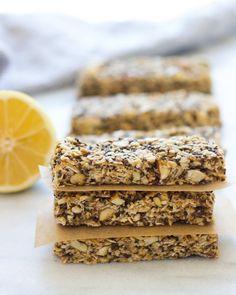 Lemon Honey Chia Granola Bars | #nobake #glutenfree