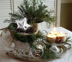 christmas outdoor flowers arrangements | 55 Elegant and stylish Black And White Thanksgiving Décor Ideas