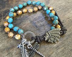 Sand Dollar Turquoise Knotted Leather Wrap por TwoSilverSisters
