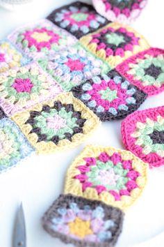 erdbeerdiamant - crochet Crochet Motifs, Crochet Blocks, Crochet Granny, Crochet Yarn, Crochet Patterns, Ch 5, Granny Squares, Color Inspiration, Blankets