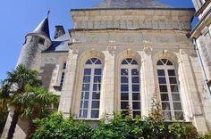 Château Bussière, Touraine, France Luxury Real Estate, France, Castle, Real Estates, Mansions, House Styles, Home Decor, Real Estate, Decoration Home