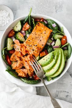 Salmon Avocado Salad Good Healthy Recipes, Healthy Cooking, Healthy Snacks, Healthy Eating, Clean Eating, Cooking Recipes, Easy Healthy Dinners, Healthy Meals For Kids, Kids Meals
