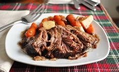 Slow cooker pot roast with balsamic vinegar