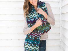 Fox Paws Scarf Knitting Kit by Xandy Peters featuring Cloudborn Highland Sport Yarn | Craftsy | Craftsy