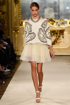 381f11682b456 Les Copains Spring 2015 Ready-to-Wear Collection - Vogue Trico