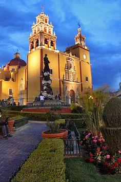 Guanajuato, ¡una de las joyas más hermosas de México! #Guanajuato #TourFlexi