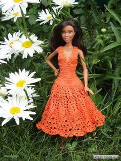 Háčkování pro Barbie: Oranžové šaty