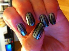 Gray striped reverse gradient