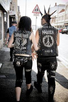 Punk couple, punk love, mohawk