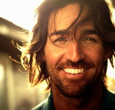 Jake Owen... normally don't like guys with long hair, but he is cute!! :)