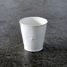 Grand Gobelet Alix D.Reynis en porcelaine blanc ETOILE