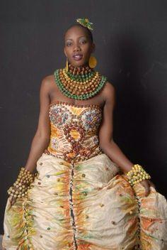 Image from http://www.simplyelegantafricanfashion.com/wp-content/uploads/2014/04/African-Fashion-Week-10.jpg.