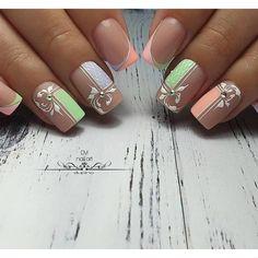 Summer Acrylic Nails, Spring Nails, Nail Summer, Hot Nails, Hair And Nails, Acrylic Nail Designs, Nail Art Designs, Nail Art Arabesque, Luminous Nails