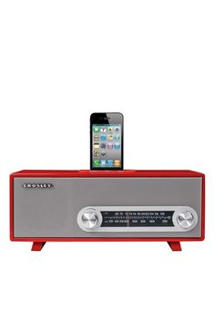 Retro meets Modern - How cool is this for your Ipod dock?