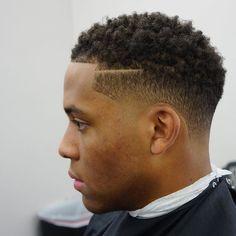 Haircut by criztofferson http://ift.tt/21PeZty #menshair #menshairstyles #menshaircuts #hairstylesformen #coolhaircuts #coolhairstyles #haircuts #hairstyles #barbers