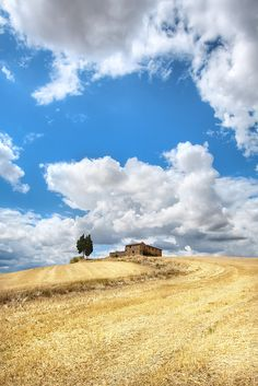 'On Top of the Hill', Italy, Tuscany, Outside of Monticchiello by WanderingtheWorld (www.LostManProject.com), via Flickr