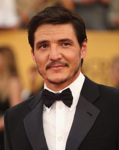 Pedro Pascal's Rakish Mustache Breaks All the Rules for Sexy Facial Hair | GQ