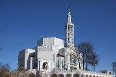 Roch's church in Białystok, photo: Andrzej Sidor / Forum Kirchen, Willis Tower, Middle Ages, Empire State Building, Most Beautiful, Art Deco, Villa, Architecture, City