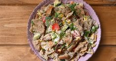 Tuna salad with whole wheat pasta by Greek chef Akis Petretzikis. A delicious pasta salad with tuna, vegetables and fresh herbs that is a great light meal! Greek Recipes, Light Recipes, Italian Recipes, Tuna Salad, Pasta Salad, Whole Wheat Pasta, Salad Bar, Fresh Herbs, Fried Rice
