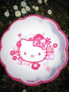 Hello Kittys Blumen mit edelem Blumenrand