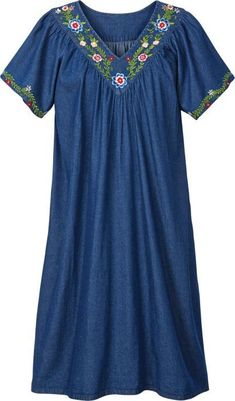Find relaxing comfort in our cotton denim muumuu dress with floral embroidery. This full-cut muumuu floats easily about you for freedom of movement. Cotton Nighties, Cotton Dresses, Night Gown Dress, Nightgown Pattern, Casual Dresses, Fashion Dresses, Night Dress For Women, Muumuu, Kelly Rowland