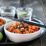 Wok med spicy kjøttdeig og nudler