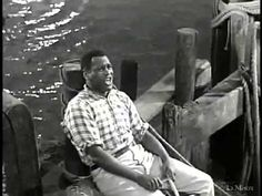"""""""Ol' Man River"""" (Show Boat, now utterly non PC, was a great musical masterpiece that shocked America in its sympathetic portrayal of black suffering.the great Paul Robeson at his best Pop Songs, Music Songs, Music Videos, Show Boat, True Quotes About Life, Romantic Love Song, Old Music, Music Theater, Music Composers"""