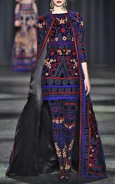 Naeem Khan Fall/Winter 2016 Look 1 on Moda Operandi
