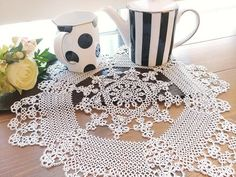 I do not like the photo very well ... #Tatting race #Tatting #tattinglace #tatting #Tating #Teating race work I wonder if it will be proud of the bowl?