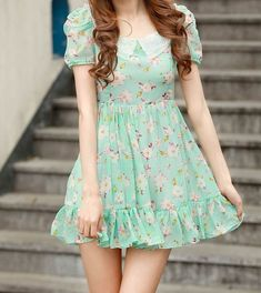 Very kawaii mint green floral dress with the small collar at the neckline. I want this so baaad!