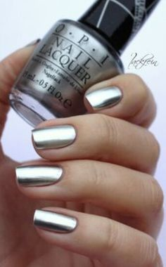 If Captain Phasma wears nail polish.