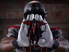 Coolest football gloves ever. Austin Ratliff, this is what I was talking about!