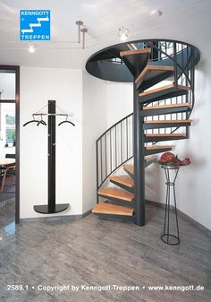 Spiral Stairs Design, Home Stairs Design, Home Room Design, Home Interior Design, House Design, House Staircase, Exterior Stairs, Stair Decor, Stairs Architecture